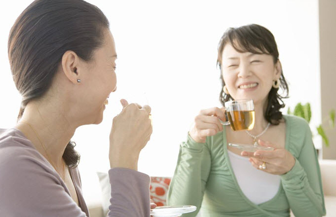 drinking-tea22